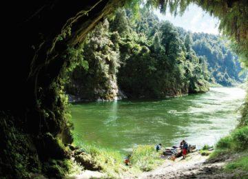 01-Whanganui-River-Whanganui-Ocean-Belcher
