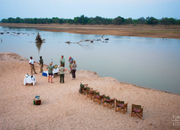 8-Time-Tide-South-Luangwa-Sundowners-1-Will-Burrard-Lucas-1024×683