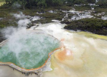 EX22-Champagne-Pool-Rotorua-Graeme-Murray