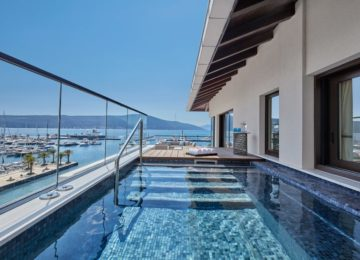 PC-Penthouse-Pool-1024×683